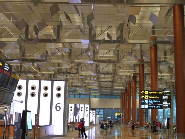 no-16-singapore-changi-airport-sin-55449000-passengers-in-2015