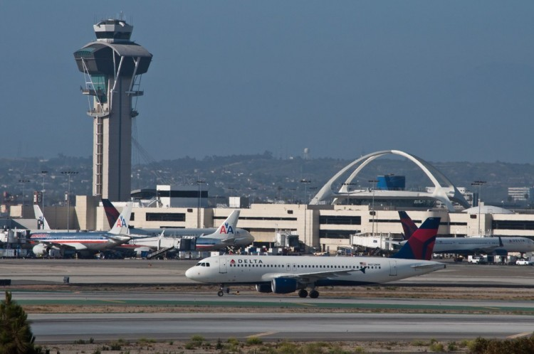 no-7-los-angeles-international-airport-lax-74937004-passengers-in-2015